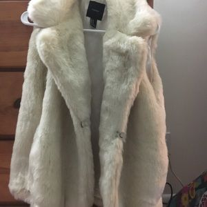 White furry vest from forever 21